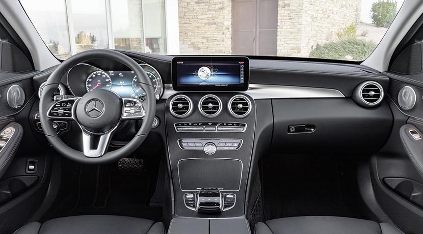 Te mostramos el restyling del Mercedes Clase C, que hereda la tecnología del Clase S